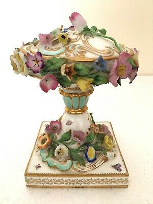 Meissen Floral Encrusted Pot Pourri Vase - Fine Beautiful Painted Insects • 249.99£