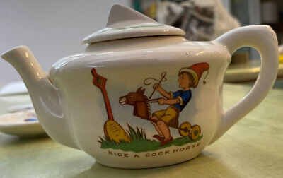 Kitch Nursery Rhyme Tea Set • 12.50£