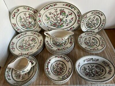 Johnson Bros Indian Tree Dinner Service • 49£