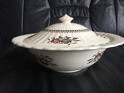 "Collectable Wade ""Meadow"" England 1950's Fluted Lidded Tureen 9.25"" Diameter • 3.70£"