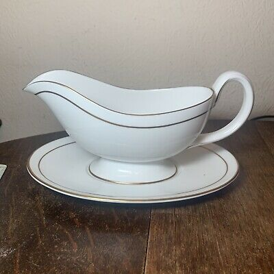 Stylish Royal Worcester Contessa Gravy Boat And Saucer • 10£