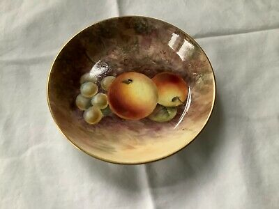 Royal Worcester Hand Painted Pin/Jewellery Dish : Gerald Delaney • 132£