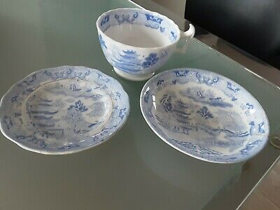 Antique Staffordshire Chinese  BLUE WILLOW PATTERN Two On A Bridge Trio Cs&p  • 4.99£