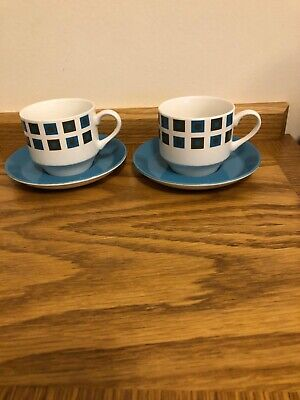 VINTAGE RETRO 1960s / 1970s MIDWINTER 2 X LARGE TEA/COFFEE CUPS & BLUE SAUCERS • 7£