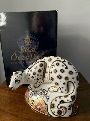 Royal Crown Derby Paperweight Snow Leopard • 175£