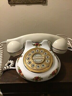 Royal Albert Old Country Roses Push Button Telephone • 24.99£
