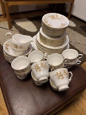 Colclough AVON (style No.8656) Bone China Full Dinner Set. Excellent Condition • 50£