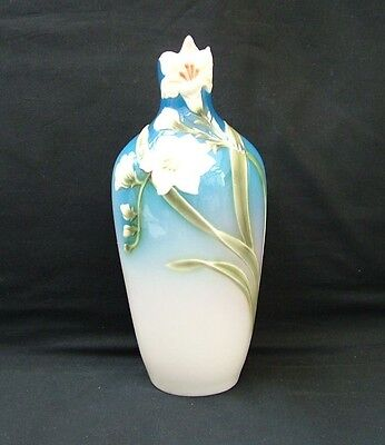 Franz Porcelain Hand Painted White Freesia XP1814 • 44.99£