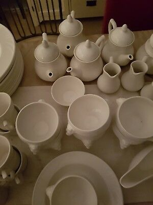 Dudson Duraline China Pottery Over 90 Pieces All In Excellant Condition. • 150£