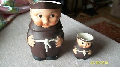 2 German Character Jugs -- Friar Tuck • 10£