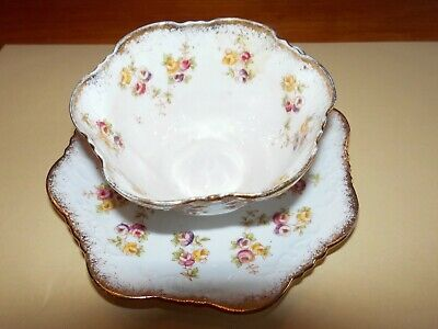 Beautiful  Mixed Roses    Tea Cup And Saucer  423761/3107a  Base Stamped Unboxed • 4.50£