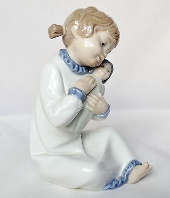 Nao Singing Lullaby Figure - 1st Quality Retired Figurine • 19.99£