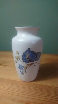 Vintage Axe Vale Pottery Devon 4.5  Posy Bud Vase Blue Flowers Decoration  • 5.25£