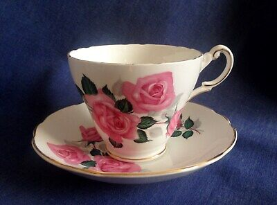 Regency Bone China. A Very Pretty Cup And Saucer. Pink Roses. • 3£