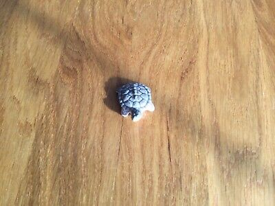 A Wade Whimsies Grey Turtle • 1£