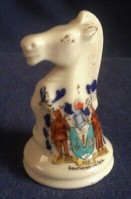Crested China. Southend On Sea.  Knight.Chess Piece.   (PKT) • 3£