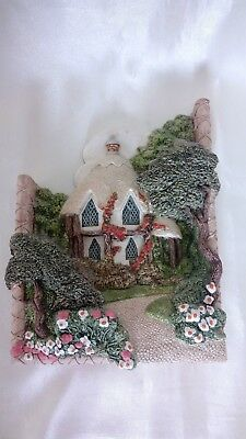 A LOVELY LILLIPUT LANE   COBBLE COMBE   WALL PLAQUE C1989 . • 14.99£