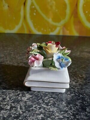 Royal Adderley Small Floral Book • 1.50£