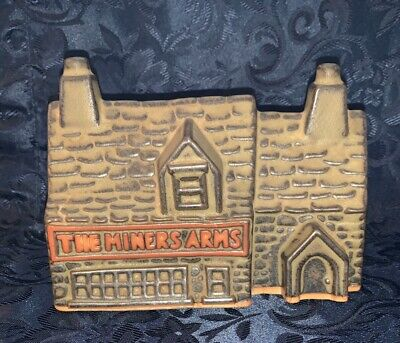 """Vintage Tremar Potteries """"The Miners Arms"""" Money Box • 5£"""