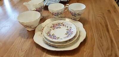 Sutherland Fine Bone China Flower Pattern Missing 1 Saucer • 15£