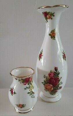 Royal Albert Old Country Roses Design Vases X2 • 12£