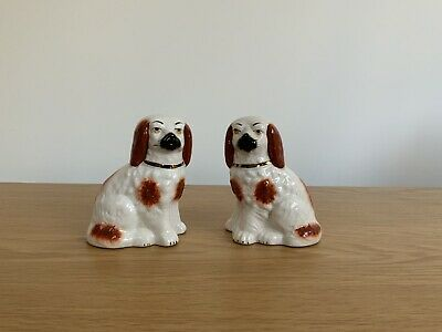 """Pair Of Vintage 4"""" Staffordshire Wally Dogs Spaniels • 19.99£"""