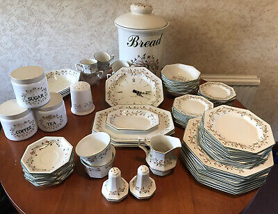 8 X Johnson Brothers Eternal Beau Dinner Plates Large 10   Wide • 4£
