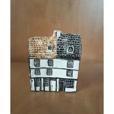 Tey Pottery Friars House Cambridge 'Britain In Miniature' • 9.95£