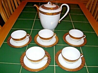 Fabulous Limoges Part Coffee Service With Coffee Pot Made By Chastagner & Co • 48£