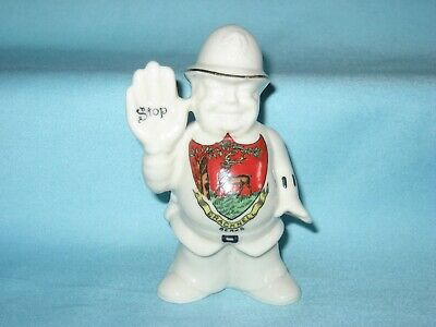 Arcadian Policeman With Right Hand Raised 'Stop' - BRACKNELL Crest • 14.99£