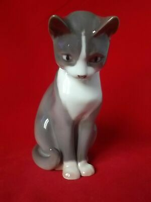 Bing & Grondahl Seated Cat Figurine Ref 1876 Dated 1970 - 1983 • 29.99£