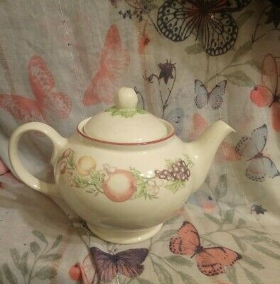 Lovely Boots  Orchard   Design Tea Pot. 62 • 12.15£