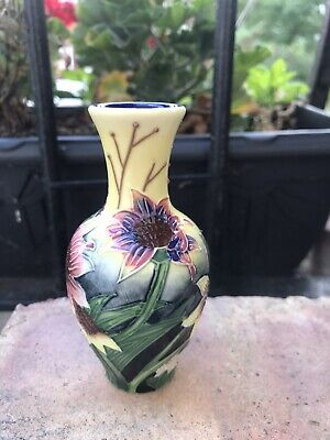 Vase Old Tupton Ware Porcelain Hand Painted  China TW1127 Boxed • 10£