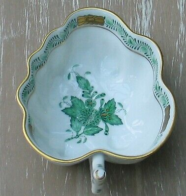 Herend Hungary Porcelain Chinese Bouquet Small Leaf Shaped Bowl Dish With Handle • 48£