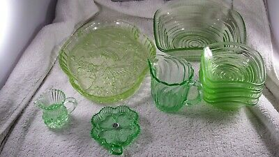 A Good Job Lot Of Vintage Green Glassware. Free Postage UK. • 22.95£
