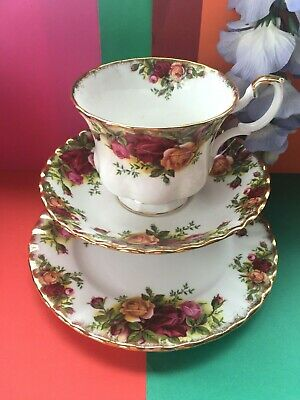 Vintage C 1962 Royal Albert  Old Country Roses  Tea Set Trio,Cup,Saucer,Plate • 16.95£