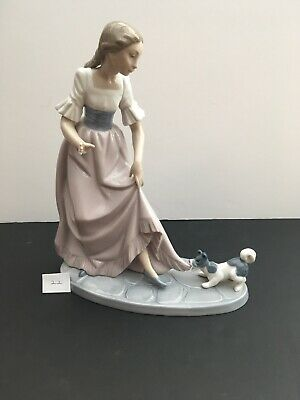 Lladro Nao Figurine-Let's Play 1987 • 35£