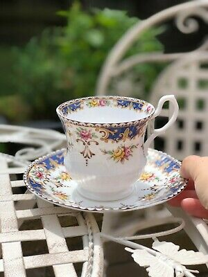 Delightful Vintage TEA CUP & SAUCER 'Kenilworth' By Queens Fine Bone China • 12.95£
