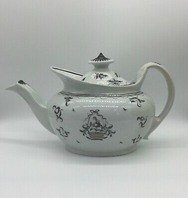 Antique English Porcelain Teapot And Cover, New Hall, Pattern 308, C1790-1810 • 62£