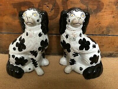 Vintage Pair Of Staffordshire Spaniels 10   • 36£