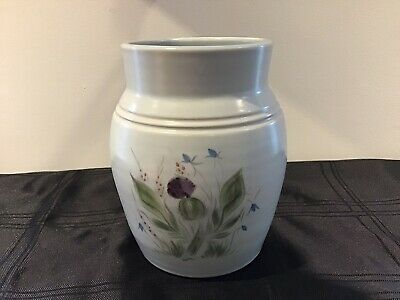 LARGE BUCHAN PORTOBELLO SCOTLAND FINEST STONEWARE VASE - DEPTH 20cm • 25£
