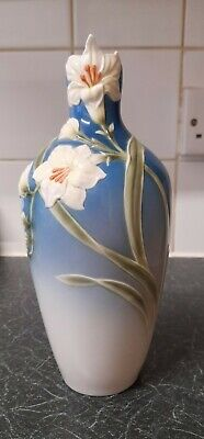 Franz Porcelain Hand Painted White Freesia XP1814 • 40£