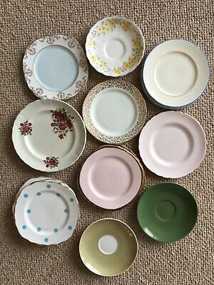 17 Pretty Vintage Side Plates & Saucers - Tuscan China, Royal Vale, Poole • 4.40£