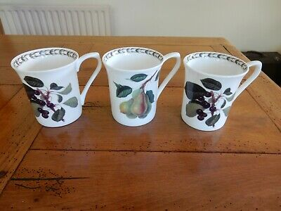 3 Queens Hookers Fruit Bone China Mugs • 4£