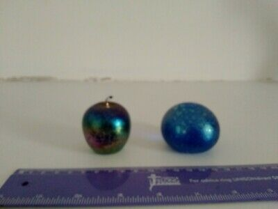 John Ditchfield Paperweight X 2 Small Apple Plus One • 45£