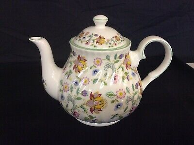 6 Cup Teapot Reproduced In Haddon Hall Chintz Design Hand Made In ENGLAND • 45£