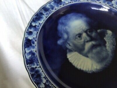 Delft Hand Painted Charger Of Rembrandt • 325£