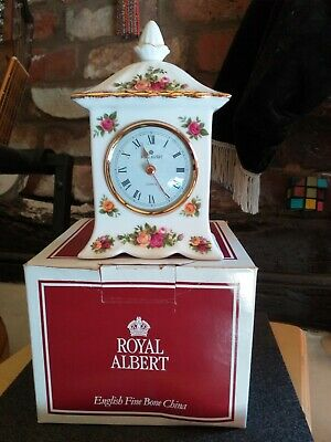Royal Albert Old Country Roses Carriage Clock • 16£