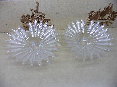 Pair Of Matching Spiky Design Glass Bowls • 10£