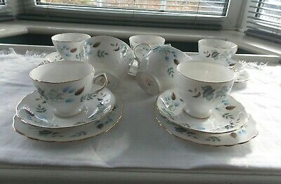 Pretty Vintage Colclough   Linden   17 Piece Tea Set • 20£